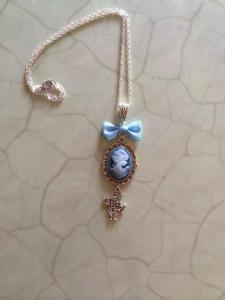 Collier Alice aux pays des merveilles de Tiffany